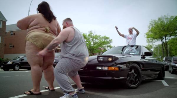 Action-Bronson-Strictly-4-My-Jeeps (rhythm22 picture archives)
